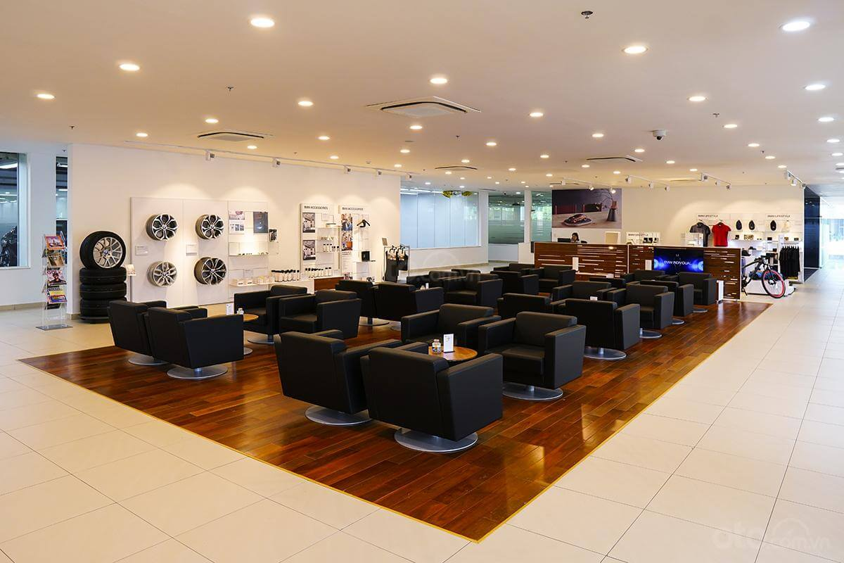 showroom-bmw-ca-mau
