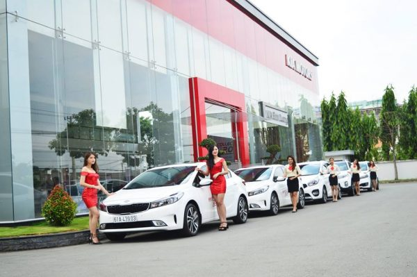 showroom-kia-ha-noi