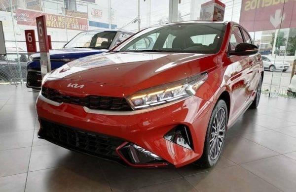 Kia Cerato 2022 về Việt Nam