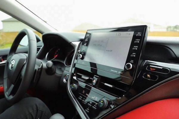 Toyota Camry 2022 về Việt Nam